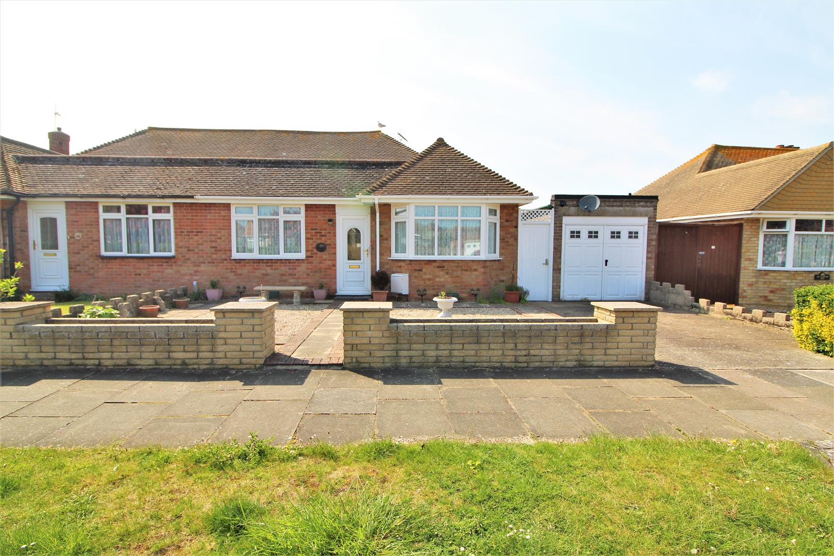 Stansted Way, Frinton-On-Sea, Essex, CO13 0BG